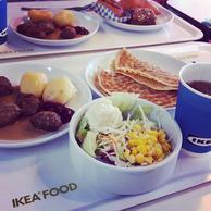 IKEAお昼ごはん.jpg